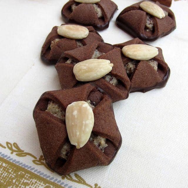 formine e mattarello: Fagottini cioccolato mandorle e marzapane