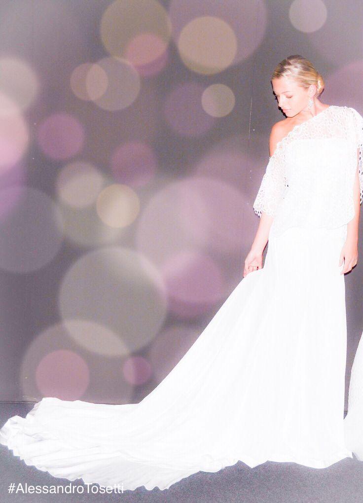 Lavorando allaCollezione 2017...e voi avete già scelto il vostro abito da sposa? www.tosettisposa.it Www.alessandrotosetti.com #tosettiComo #AlessandroTosetti #abitidasposa2016 #wedding #weddingdress #tosetti #abitidasposo #abitidacerimonia #abiti #tosettisposa #nozze #bride #agenzia1870 #alessandrotosetti #nicole #pronovias #alessandrarinaudo #realtime #l'abitodeisogni #aireinbarcellona #danielatanzi #rosaclara' #topmodelticino #LuganoExclusive #vistoriasecret #زواج #брак #فساتين زفاف #Свад