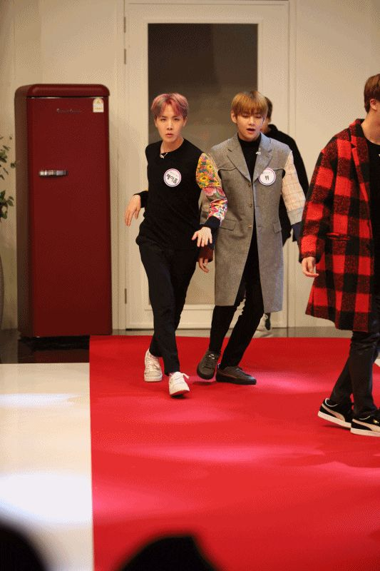 J-hope work it! ❤ BTS On 'Idol Party' Preview Photo~ The show will be broadcasted on the 7th of March! #BTS #방탄소년단