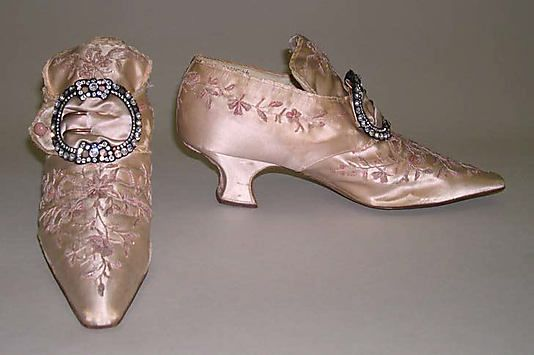 Slippers  Hellstern and Sons  (French)  Date:1908–14  Culture: French  Gorgeous early 20thC homage to 18thC footwear!