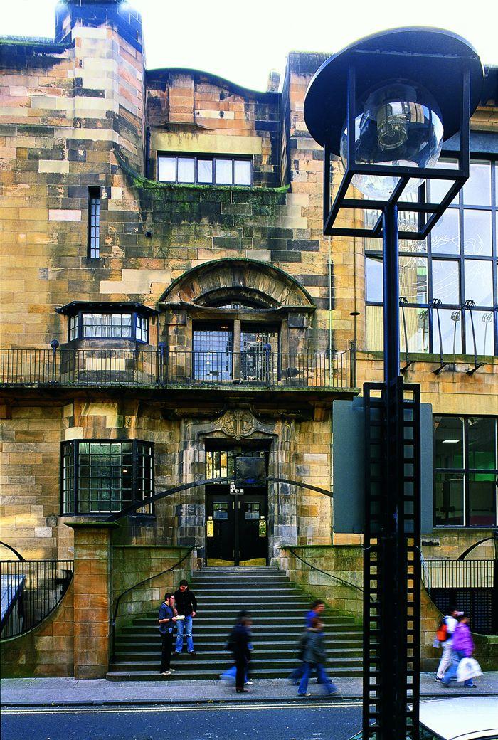 Школа искусств Глазго Чарльз Ренни Макинтош — шотландский архитектор, художник и дизайнер, родоначальник стиля модерн в Шотландии