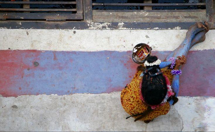 http://tupela.cachefly.net/tb/uploads/shiva-imitation-rishikesh-india.jpg