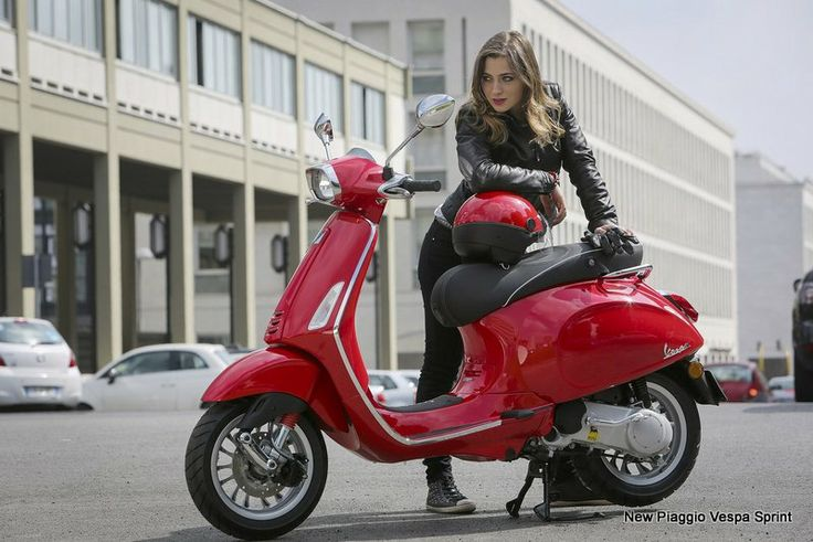 New Piaggio Vespa Sprint launched above LX and S variant