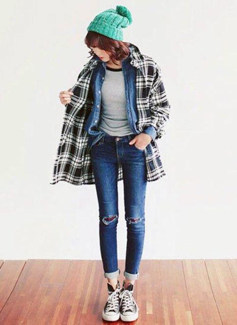 羽織りとして使ってもお洒落◎ チェックのアイテムを使ったコーデ術。参考にしたいファッションスタイルのまとめ☆