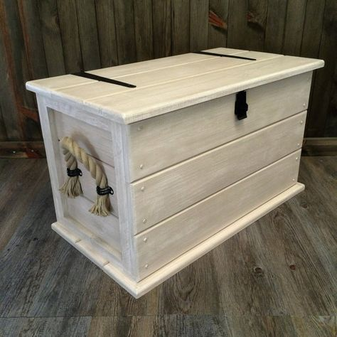 Handmade Solid Pine Shabby Chic Storage Trunk.Coffee Table. Boot /Toy Box. Linen Chest with Rope Handles