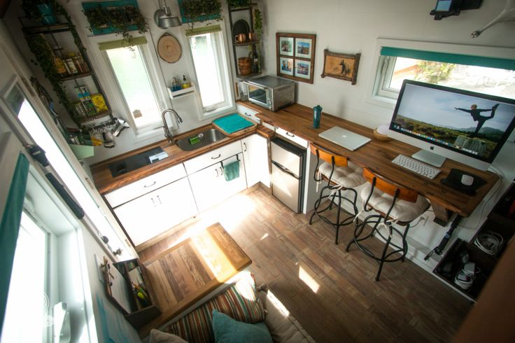 This is the Creative Animal Tiny House on Wheels built by 84 Lumber, and it's a tiny house on a mission! The Creative Animal Foundation wants to help people live more sustainable lives in ord…