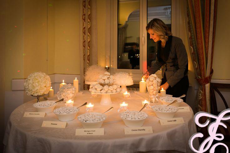 isi Eventi_ wedding planner_ confettata _ white table www.isieventi.com
