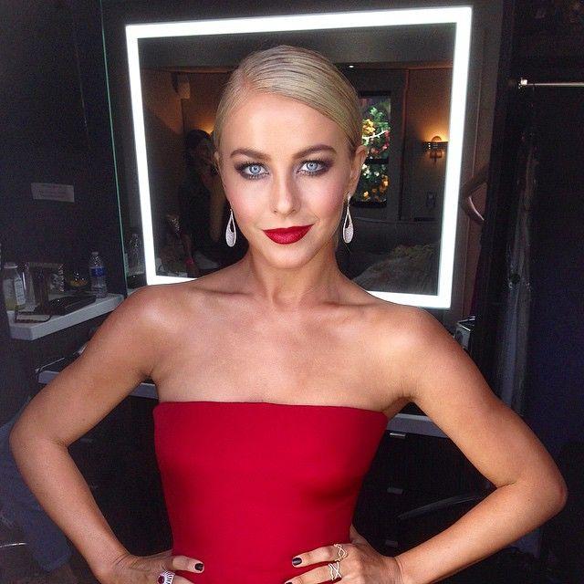 #sneakpeak of #JulianneHough as #LadyinRed on tonight's #DWTS #finalsweek! ✨ using #Lorac #tantalizer baked bronzer