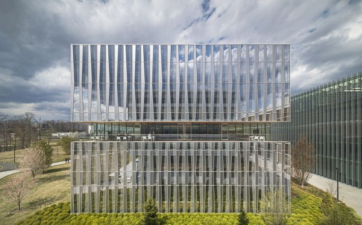 Built by Weiss/Manfredi in East Hanover, United States with date 2013. Images by Paul Warchol. Novartis Office Building 335  BUILDING 335 is a 140,000 square foot oncology office building at Novartis' North Ameri...