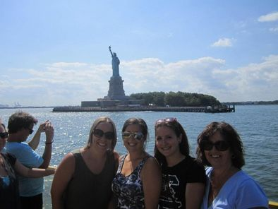 New York Harbor Hop-on Hop-off Cruise including 9/11 Museum Ticket - New York City | Viator