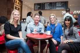 Latte with friends @ Vida e caffé