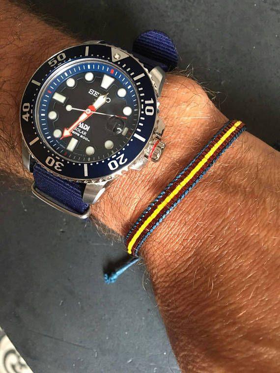 Retrouvez cet article dans ma boutique Etsy https://www.etsy.com/fr/listing/531931146/bracelet-pour-homme-drapeau-espagne-en
