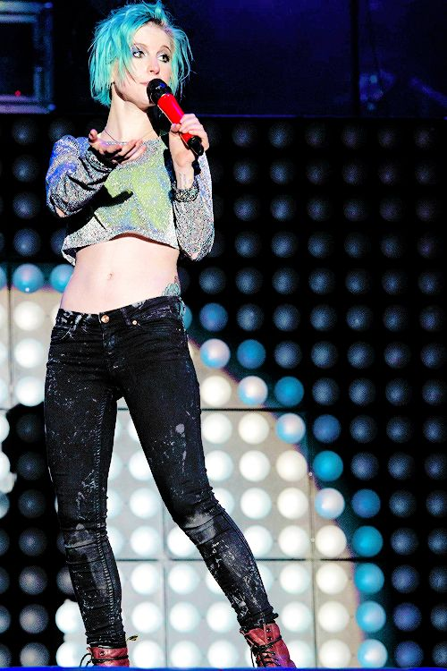 Hayley Williams 2014 Outfit | Grey Sparkly Mesh Shirt, Neon Green Crop Top, Black Distressed Jeans #Blue hair