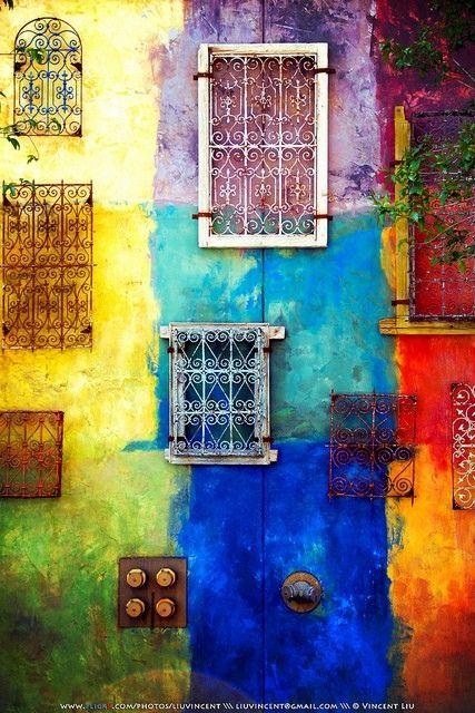 beautiful colorsDoors, Wall Colors, Painting Art, Colors Photography, Rainbows Colors, Rainbows Wall, House, Windows Art, Modern Interiors