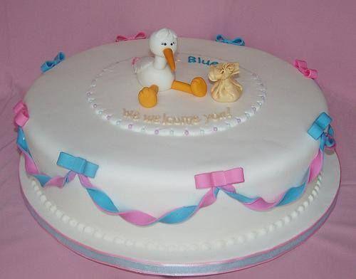Acá una torta mas sencilla pero igual de hermosa