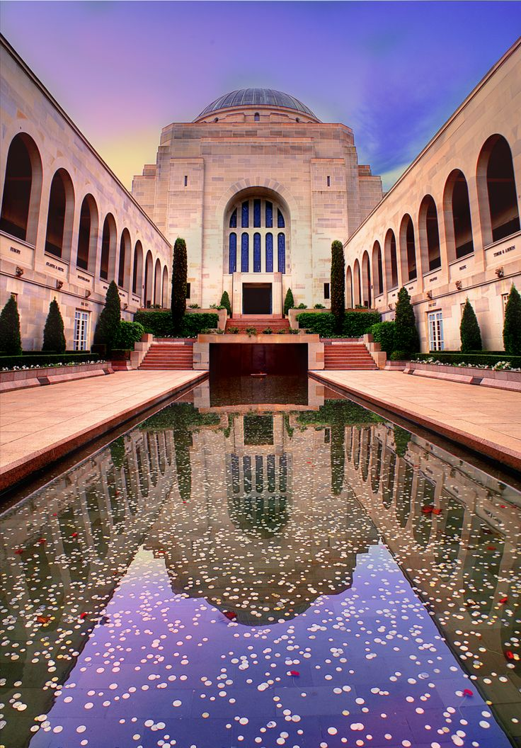 The Australian War Memorial Canberra. This looks amazing even if it looks ever so slightly photoshopped.