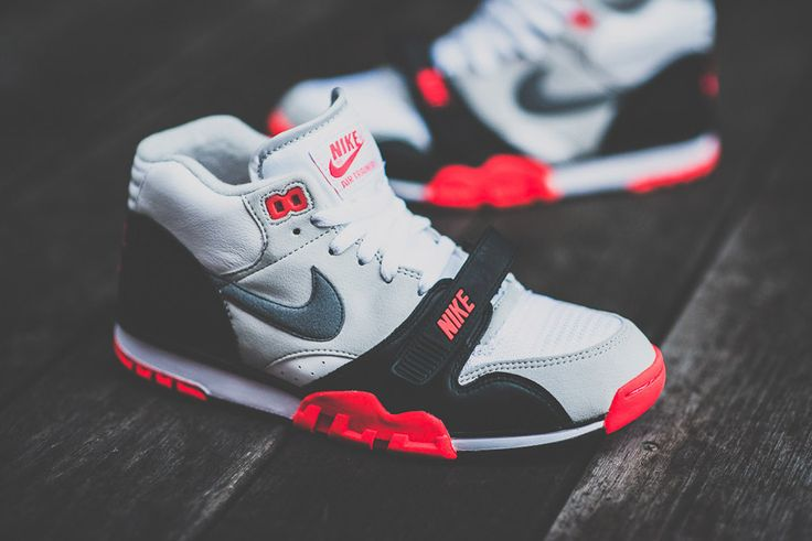"""official photos 604d7 aec6e DSC 6101 1024x1024 Releasing in US Nike Air Trainer 1 Mid """"Infrared""""  Sneakers for"""