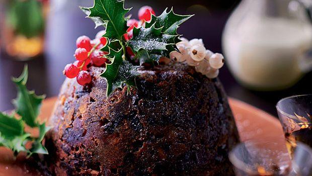 Un menú muy internacional para Nochevieja. Primer plato: Cotechino con Lenticchie. Segundo plato: Solomillo con salsa de trufas. Postre: Christmas pudding. #receta #comida #nochevieja