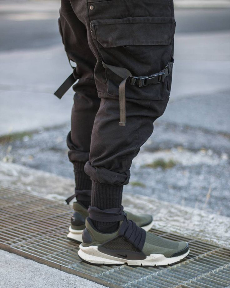 10 Best Snaekers Techwear Images On Pinterest Nike Shies