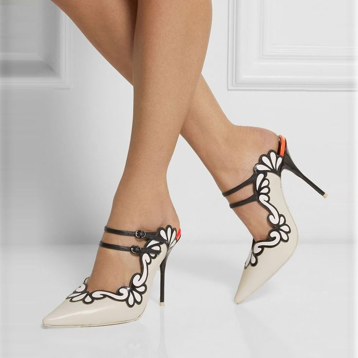 Shoespie Elegant Flower Trimmed Pointed Toe Stiletto Heels