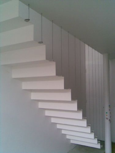Zwevende trap scala pinterest scala - Colegio administradores barcelona ...