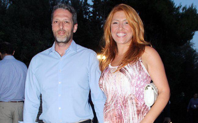 Φήμες για μυστικό γάμο της Έλενας Παπαρίζου - http://www.daily-news.gr/lifestyle/fimes-gia-mistiko-gamo-tis-elenas-paparizou/