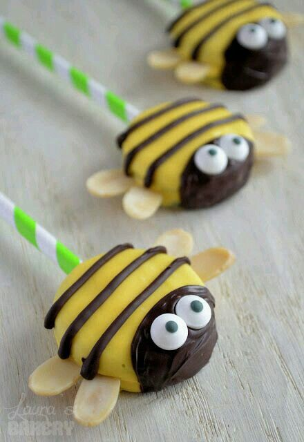 Instead of cupcakes- oreo pops. Also have to make ladybug ones....