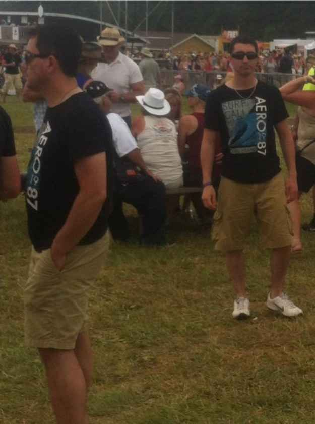 This man, who may or may not be caught in the matrix. | 17 People Who Ran Into Their Doppelgängers