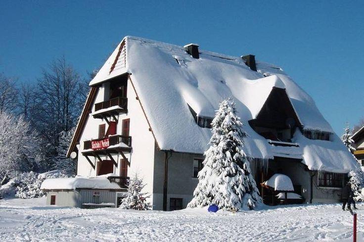 Exterieur vakantiehuis (winter)