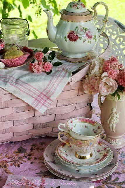 picnic tea   AL   GRADEN   **+