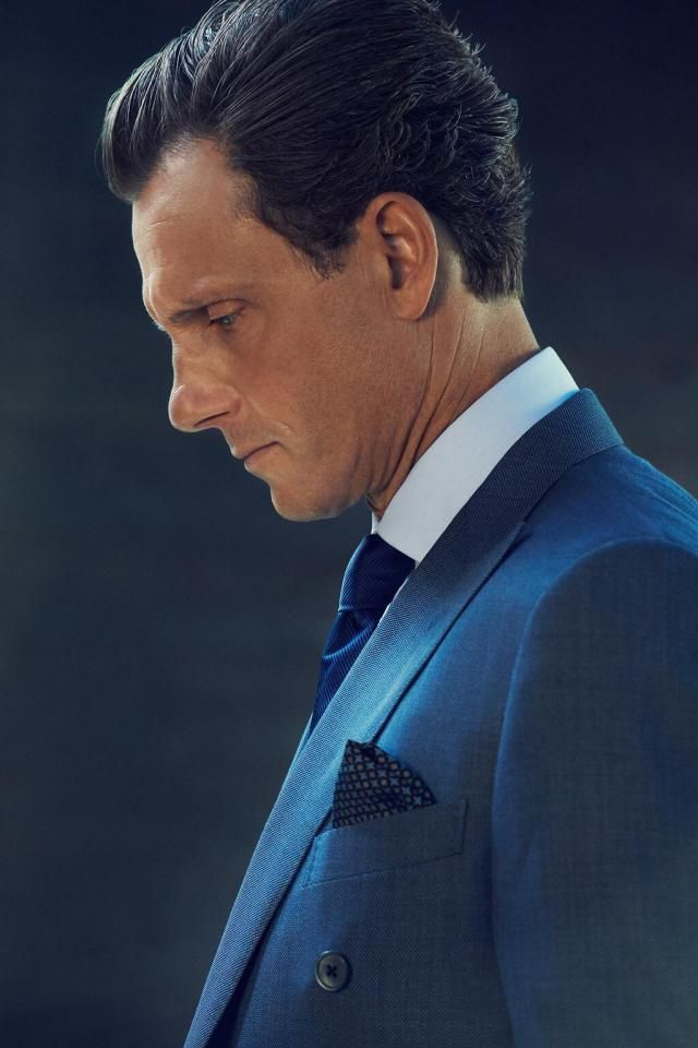 Tony Goldwyn  as  the President