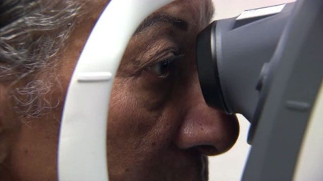 Retinal Imaging Test for Alzheimer's Disease by Dr. Sajay Gupta via wisn: Researchers have developed a test they say may be able to identify Alzheimer's disease a decade before symptoms appear. #Alzheimers_Disease #Retinal_Imaging #Beta_Amyloid