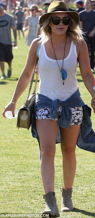 Celebrity fashion | Outfits