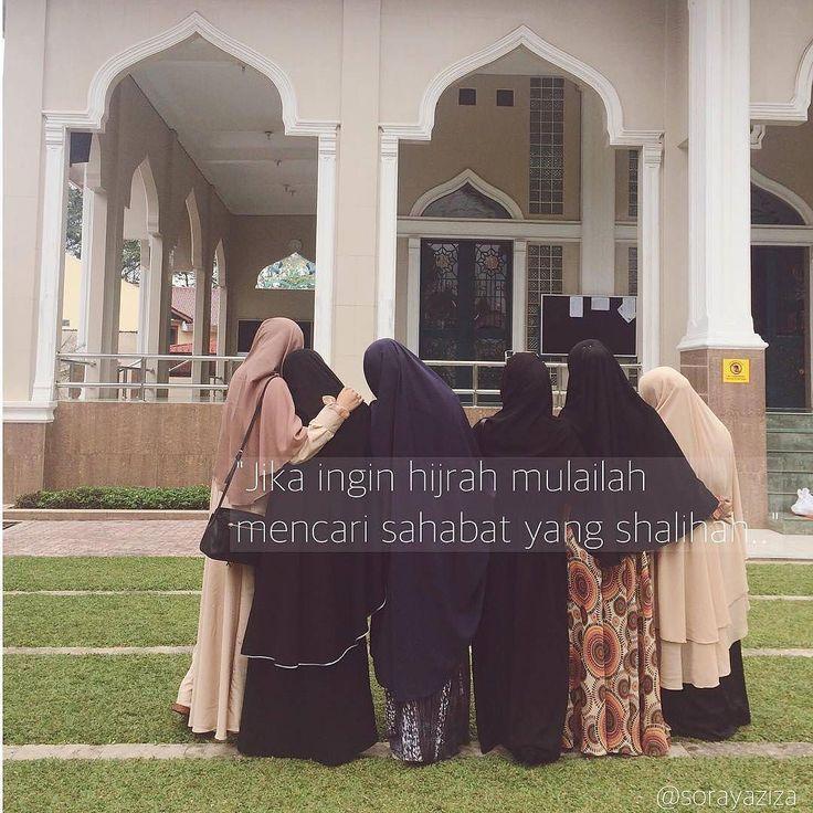 Tak ada persahabatan yang lebih indah dari persahabatan yang saling mengingatkan pada kebaikan di jalan Allah Subhanahu Wa Ta'ala..