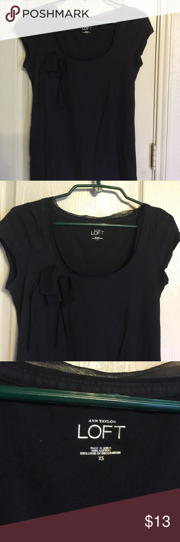 Ann Taylor Loft Top Navy short sleeve top size XS.... About 25 inches from shoulder to hem Ann Taylor Tops Tees - Short Sleeve