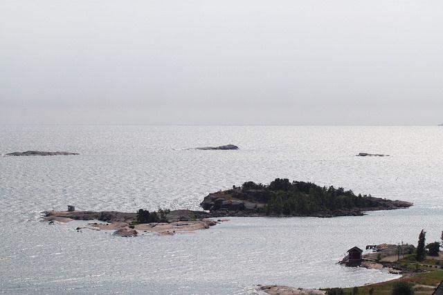 Saari Hangon edustalla. Visit South Coast Finland #Hanko #Finland