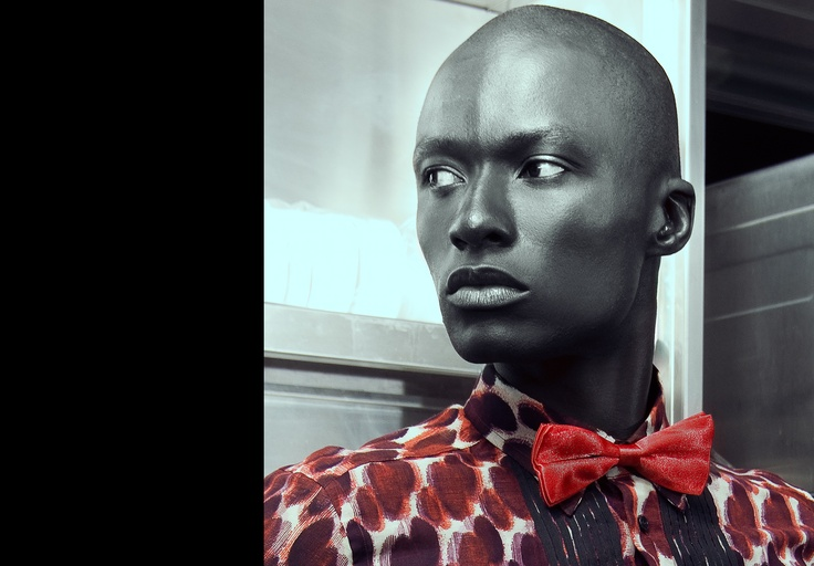 I am now in love with shimmery bowties!  And gorgeous bald men!
