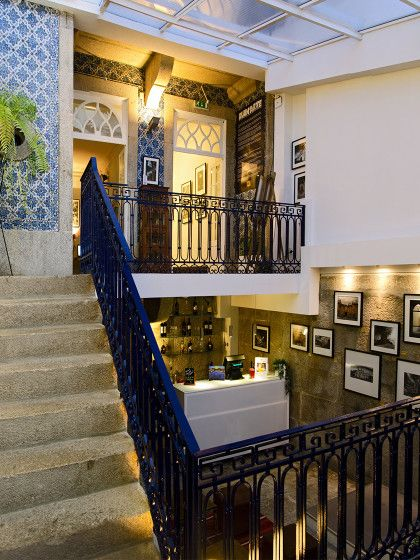 Das familiengeführte Gallery Hostel in Porto ist eine Mischung aus Kunstgallerie und Herberge.