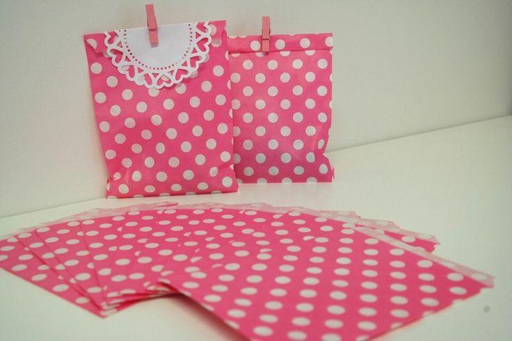 10+Sacchetti+carta+rosa+pois+bianchi+di+PaperLoveFantasy+su+DaWanda.com