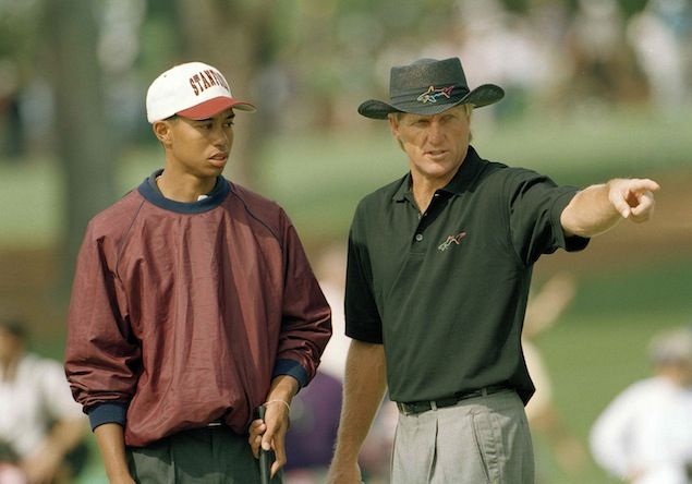 Tiger Woods and Greg Norman at the 1995 Masters. (AP Images)