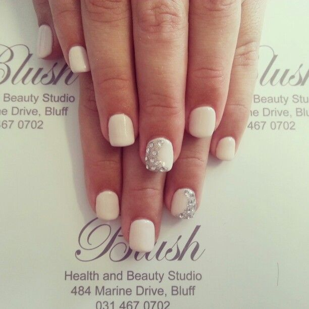 Pale Diamonds done by Talent. ♡