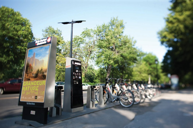 Bixi - Musée des beaux-arts de Montréal  #StreetFurniture #Bike #Velo #Bixi #OutdoorAdvertising  #AffichageExterieur #AstralOutOfHome #AstralAffichage #Publicite #Ads #Billboard #PanneauAffichage #Montreal
