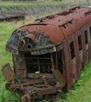 Scontro fra treni, l'abitudine estiva del Sud dimenticato http://alessandroelia.com/scontro-fra-treni-sud-dimenticato/ #italia #puglia #lecce #ferrovie #politica #stato
