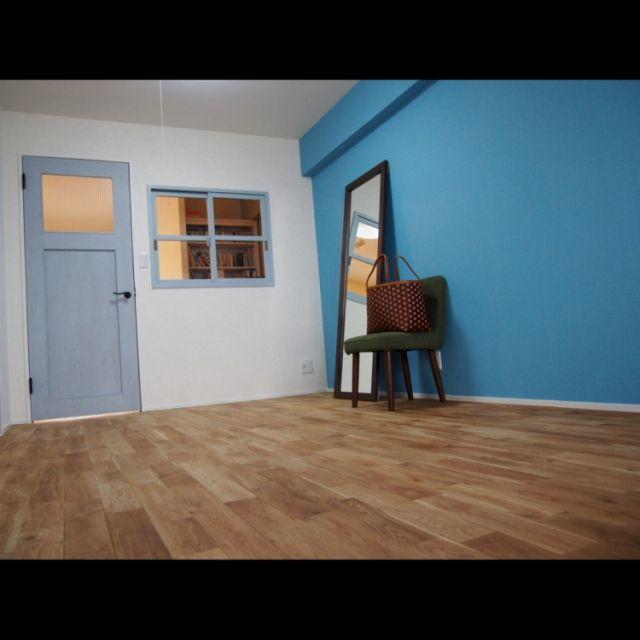 moyoyoさんの、子ども部屋,初投稿,アクセントクロス ブルー,赤ちゃんがいる生活,部屋全体,のお部屋写真