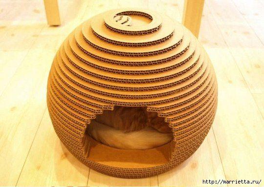 Стильный домик для кота из картона