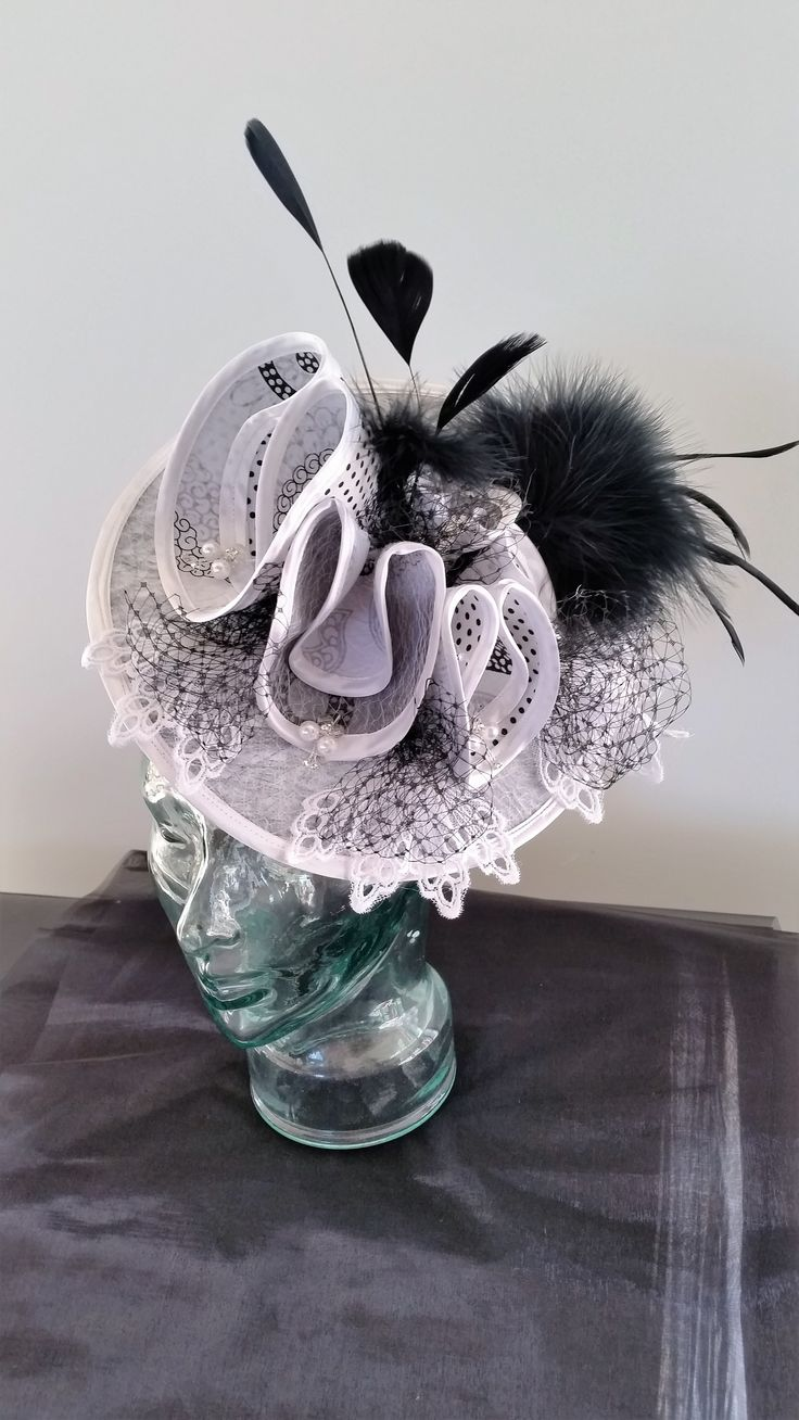 My Fair lady lace and black and white for the racing season