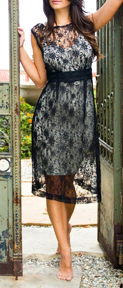 Dahlia Sheer French Lace Vintage Cap-Sleeve Dress