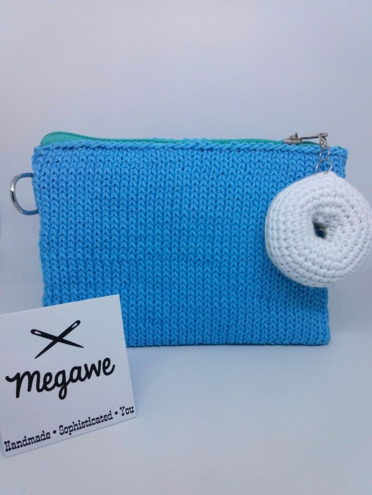 Love Blue • Simple Pouch • Size : 15 x 13 cm • With Knitting Pattern • Color request bisa made by order loh 😆 • #megawe #pouch