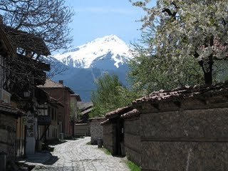 Bansko, Bulgaria Active holiday in Summer in Bansko Bulgaria http://www.jmb-active.com/ #bansko #bulgaria