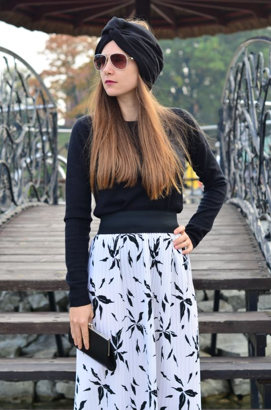 http://4weloveit.blogspot.com/2015/10/plisowana-spodnicapleated-skirt.html